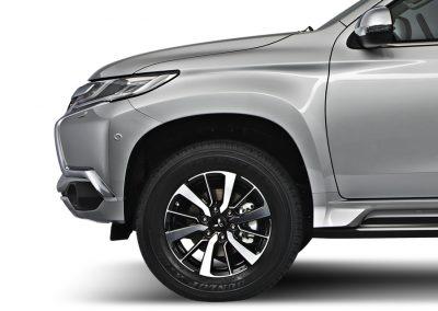 18-inch-wheels-montero-sport